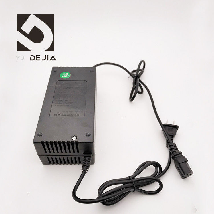 Portable Electric Bike Charger 220V 50HZ Input Adjustable , Short Circuit Protection